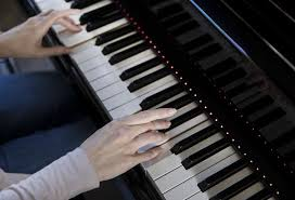 piano with light up keys assistive smart piano systems 88 key keyboard and pianos