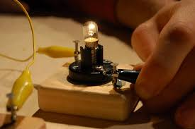 How To Make A Light Bulb Circuit Boards The Tinkering Studio