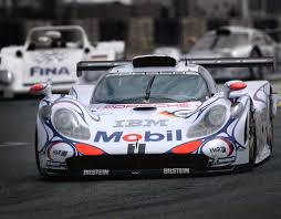 old porsche race car manicslots u0027 slot cars and scenery review slot it porsche 911 gt1