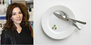 cuisine tv nigella this is why nigella lawson won t use a knife and fork when