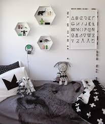 chambre enfant noir et blanc déco tendance le noir et blanc pour les chambres d enfant à voir