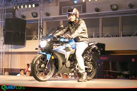 honda new cbr price updated honda cbr250r and cbr150r prices announced quikr blog