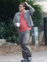 Dumb Dumber Halloween Costumes Jim Carrey Channels Geek Lloyd Christmas