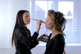 makeup artist in new york how to get into fashion week as a makeup artist new york