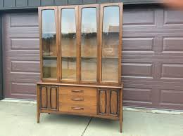Chinese Credenza Vintage Broyhill Emphasis Credenza China Cabinet Credenza China