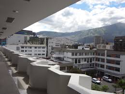 file library of puce quito pic a2a jpg wikimedia commons