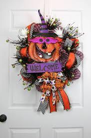 Halloween Picks For Wreaths by Halloween Welcome Wreath Wreaths