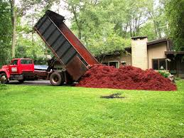 pros and cons of using rubber mulch in the garden