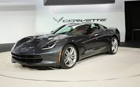 chevy corvett 2014 chevrolet corvette stingray look motor trend