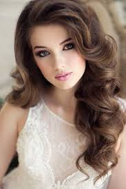 long wavy wedding hairstyle and makeup