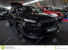 suv jeep 2017 mid size luxury suv jeep grand cherokee 2017 editorial stock