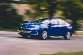 chevrolet volt the 2017 chevrolet volt is the 56k modem of our era