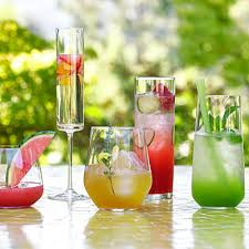 Cocktail Parties Ideas - how to have a great outdoor cocktail party plus a drinkware