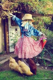 spirit halloween waterford lakes 22 best scarecrow garden art images on pinterest scarecrow
