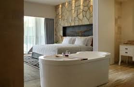 Hotels With Bathtubs 4 Hotels With In Room Bathtubs Showcase A Luxury Upgrade In Their