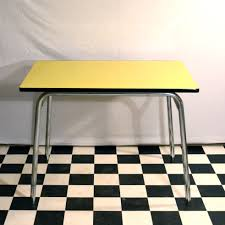 table de cuisine en formica table de cuisine formica finest la table de marque manuplastic