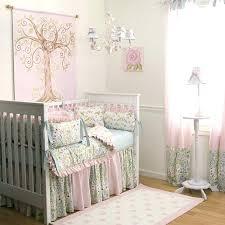decoration chambre de bébé deco chambre garcon bebe porte fenetre pour deco chambre garcon bebe