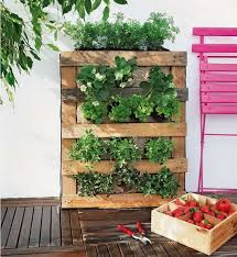 Pallet Garden Decor Pretty Garden Decor Ideas And Projects Gardens Projects And Decor