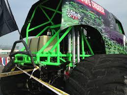 grave digger monster truck wallpaper grave digger monster truck 4x4 race racing monster truck h