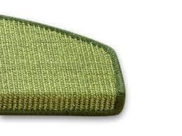 stufenmatten fuer treppe sisal treppenstufenmatte grün zwei größen stufenmatten de