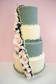 ruffles and flowing flower cake by perfect indulgence cakes