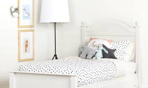 How To Choose An Accent Wall by How To Pick The Perfect Kids U0027 Mattress Overstock Com