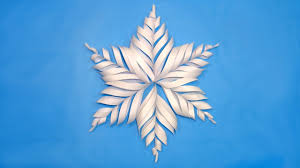 how to make paper snowflake for christmas decorations diy 3d