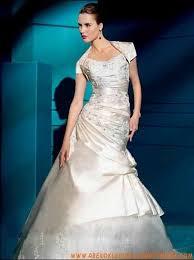 farbige brautkleider gã nstig 94 best brautkleider mit spitze images on wedding