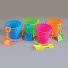 beach pail 5