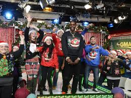 2 chainz pulls in 2 million with ugly christmas sweater line racked