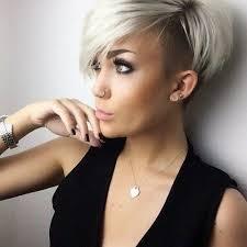 Weibliche Kurzhaarfrisuren 2017 by 2 Platinum Haar Undercut Frisuren Frisur Haar Und