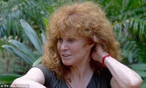 nbc reporter stephanie haircut i m a celebrity 2011 stefanie powers big hair day shocks fellow