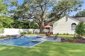 build a pool house baton rouge pool company blog finding your pool builder