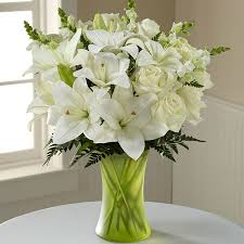 white lillies 4 stem white lilies with 12 white roses