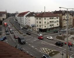 Bad Cannstatt Bahnhof Verkehr In Bad Cannstatt Ampel An Der Schmidener Straße Bad