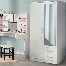 Schlafzimmerschrank Reinigen Kleiderschränke Von Young Furn Und Andere Schränke Für