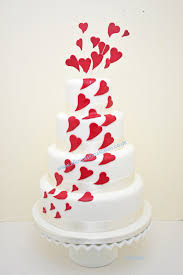 heart wedding cake cakes for all occasions budget wedding cakes low priced wedding