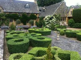 Stockley Gardens Art Show Knot Garden At The Orchard Farm Designed By Rosemary Verey