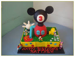 simple mickey mouse cupcakes best 25 cupcake smash cakes ideas