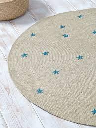 kinderzimmer teppich rund jute teppich rund sternen muster natur blau sterne yano