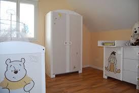 chambre bébé winnie idée déco stickers pour la chambre de bébé p tite chiffonnière