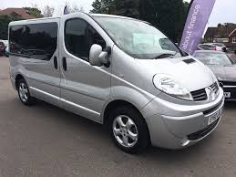 renault trafic 9 passenger van used silver renault trafic for sale kent