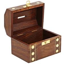 amazon com handcrafted wooden box treasure chest safe money piggy