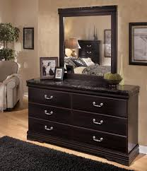 Marlo Furniture Liquidation Center by Signature Design By Ashley Esmarelda 6 Drawer Dresser With Faux