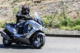 kymco x town 125 u0026 300 reviewed road test scooterlab