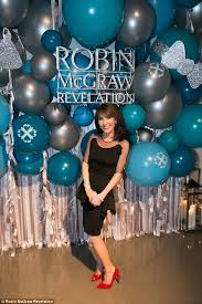 robin mcgraws hairstyle robin mcgraw reveals the products in new luxury skincare line