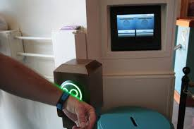 halloween horror nights fastpass privacy at wdw waning rfid and tracking update