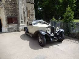 gold phantom car 1931 vintage rolls royce phantom ii u2013 gold chauffeur services