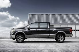 nissan titan 2018 nissan debuts v8 diesel powered 2016 titan xd in detroit