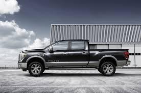 nissan titan xd review nissan debuts v8 diesel powered 2016 titan xd in detroit